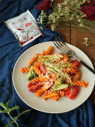 罗勒番茄意面的做法