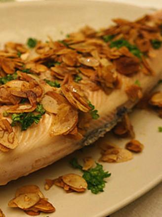 杏仁鳟鱼的做法