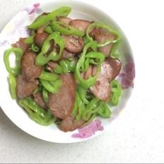 尖椒炒香肠