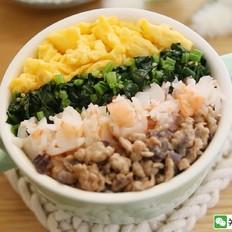 宝宝辅食食谱  鸡蛋虾肉五彩盖饭
