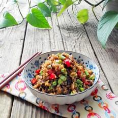 芽菜豆角焖饭
