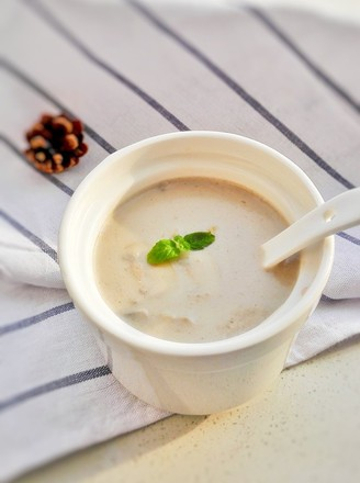 奶油蘑菇汤做法视频_奶油蘑菇汤的做法_奶油蘑菇汤怎么做_美食杰