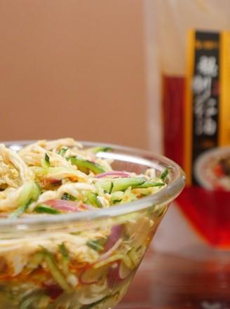 秘制红油凉拌鸡丝的做法