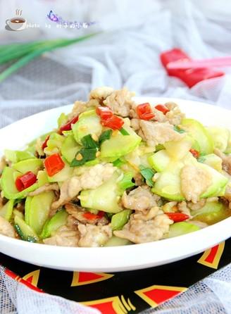 西葫芦炒肉片的做法