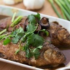 菇香华子鱼酿肉真解馋