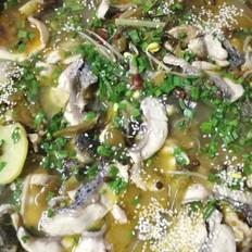 酸菜鱼 酸菜的酸爽 鱼肉的嫩鲜 汤汁的鲜美
