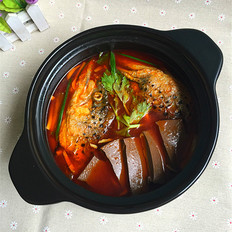 红酸汤三文鱼头鸭血煲#午餐#