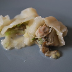海蛎子青萝卜馅饺子
