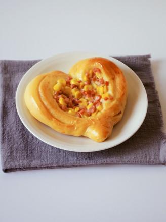 心形玉米火腿沙拉包的做法