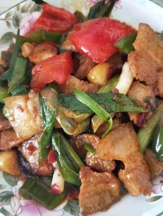 酱香回锅肉的做法