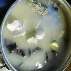 豆腐木耳黑鱼汤