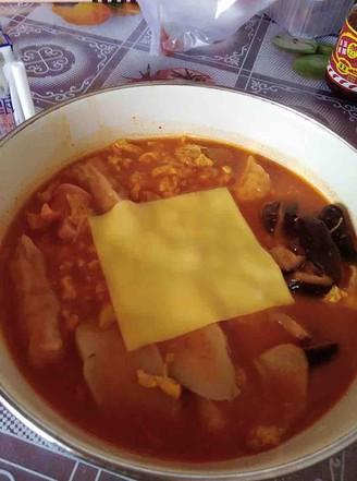 韩式年糕火锅面的做法