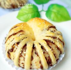 豆沙花式面包