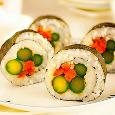 萝卜干寿司卷