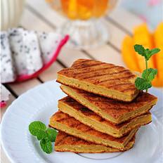 早餐桌上的那抹诱人的金黄——玉米饼