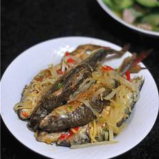 萝卜丝焖鱼