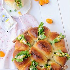 蓝莓沙拉花环面包#丘比沙拉汁#