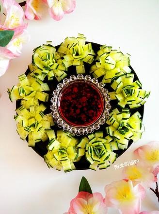 黄瓜花朵拼盘的做法