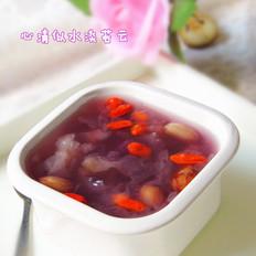 紫薯花生银耳汤