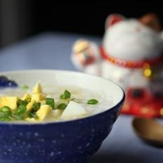 白梨鸡蛋鲜米粥