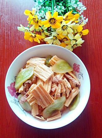 腐竹炒黄瓜的做法