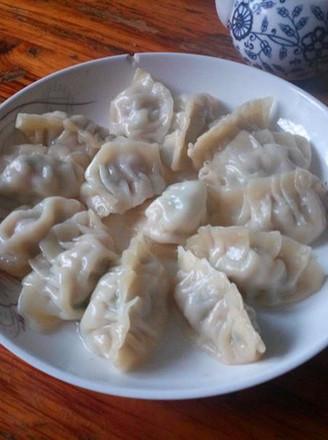 芹菜菌菇蒸饺的做法
