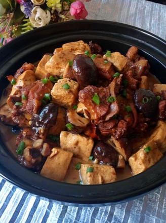 香菇豆腐焖鸭肉的做法
