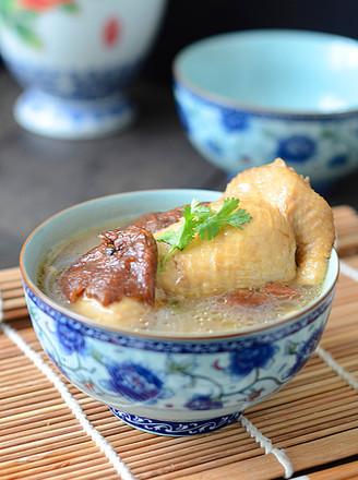 苏泊尔榛蘑鸡腿汤的做法