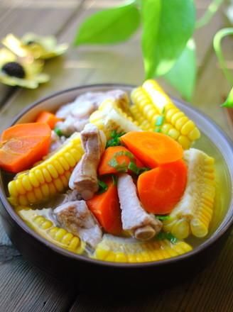 玉米排骨胡萝卜汤的做法