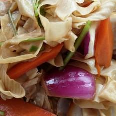 洋葱拌豆皮
