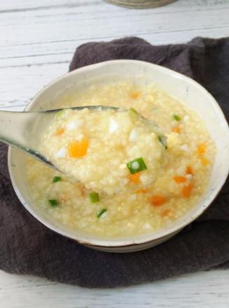 鸡蛋胡萝卜小米粥的做法