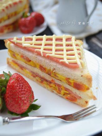 火腿番茄蛋三明治的做法