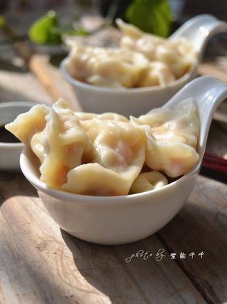 玉米胡萝卜猪肉饺子