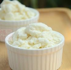 香草牛奶冰淇淋