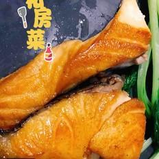 速食菜谱:香煎三文鱼排