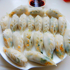 菠菜鸡蛋水晶饺子