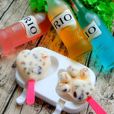 #RIO#蜜豆酸奶鸡尾冰棒