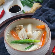 鲜菇鱼头汤#晚餐#