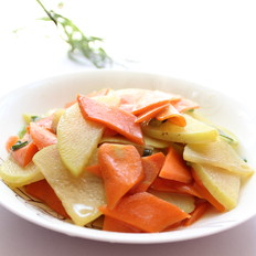 清炒胡萝卜土豆片