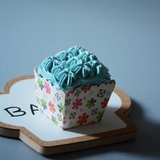 果酱奶油纸杯蛋糕