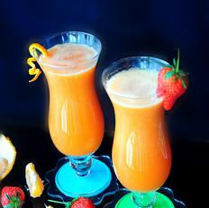 火甘草莓汁-食分钟饮品