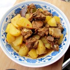 土豆烧排骨