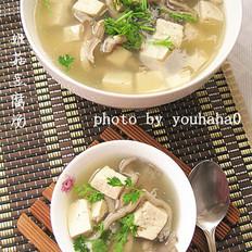 姬菇豆腐汤