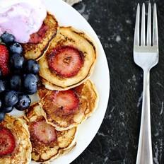 草莓酸奶松饼的做法[图]