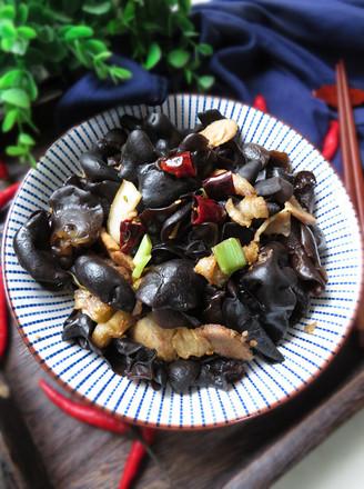 木耳炒回锅肉的做法