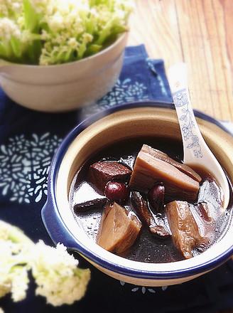 生地莲藕瘦肉汤的做法