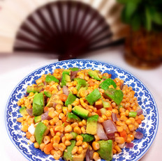 牛油果炒玉米粒