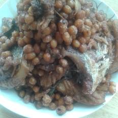 黄豆炖咸鱼