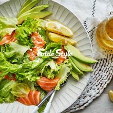 三文鱼腌渍沙拉