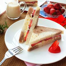 草莓蛋泥三明治